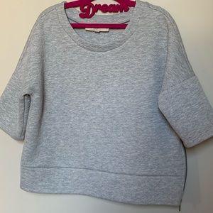 Women's quarter sleeved top